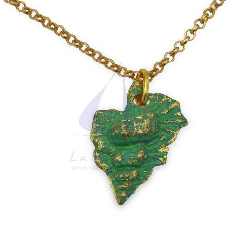 Green shell brass pendant