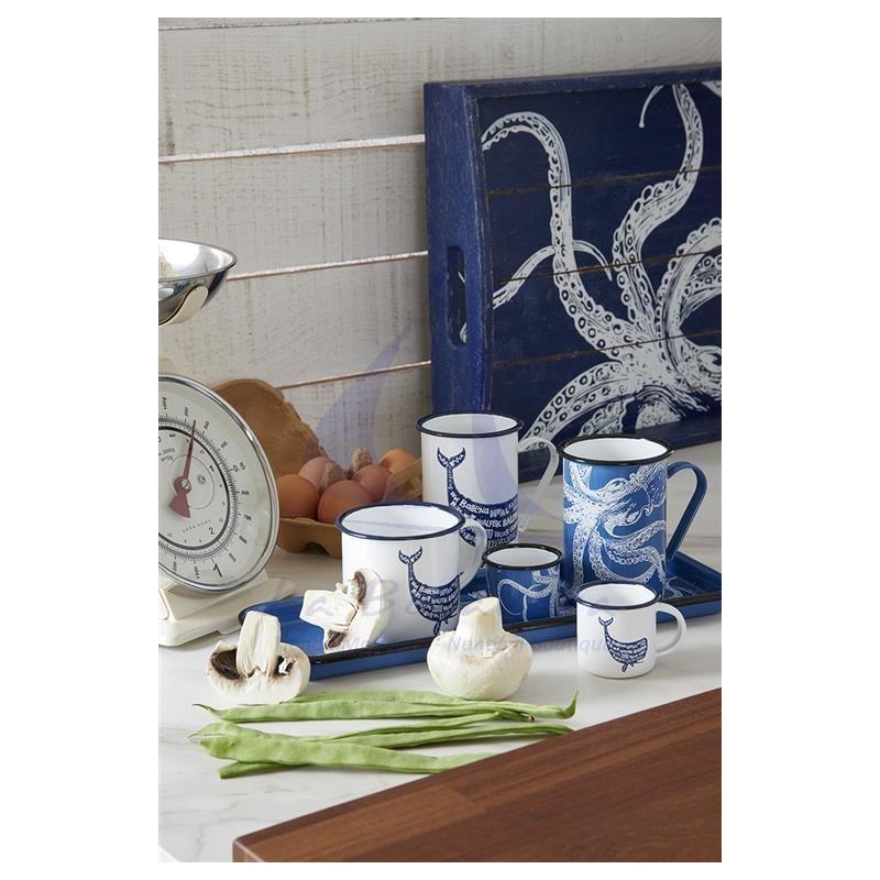 White metal mug with blue whale 3