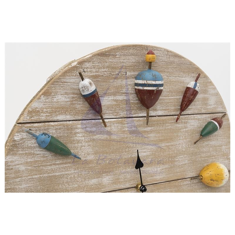 Wooden wall clock with fishing corks 3