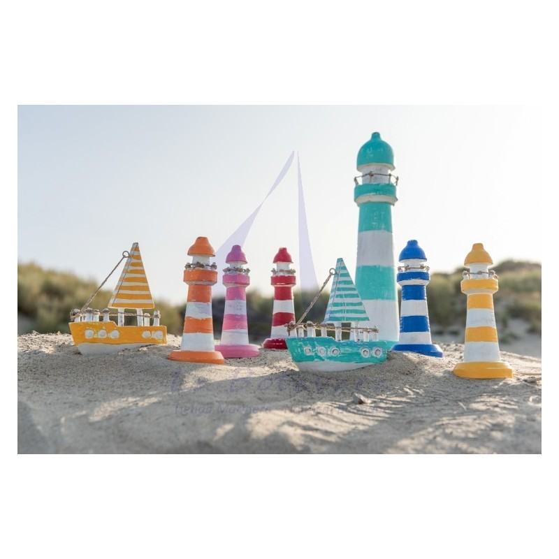 Wooden Tiki lighthouse in different colors 4