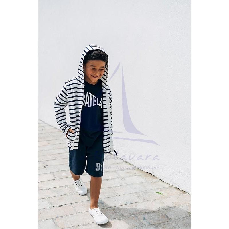 Camiseta Batela de niño azul marino con diseño de pez 2
